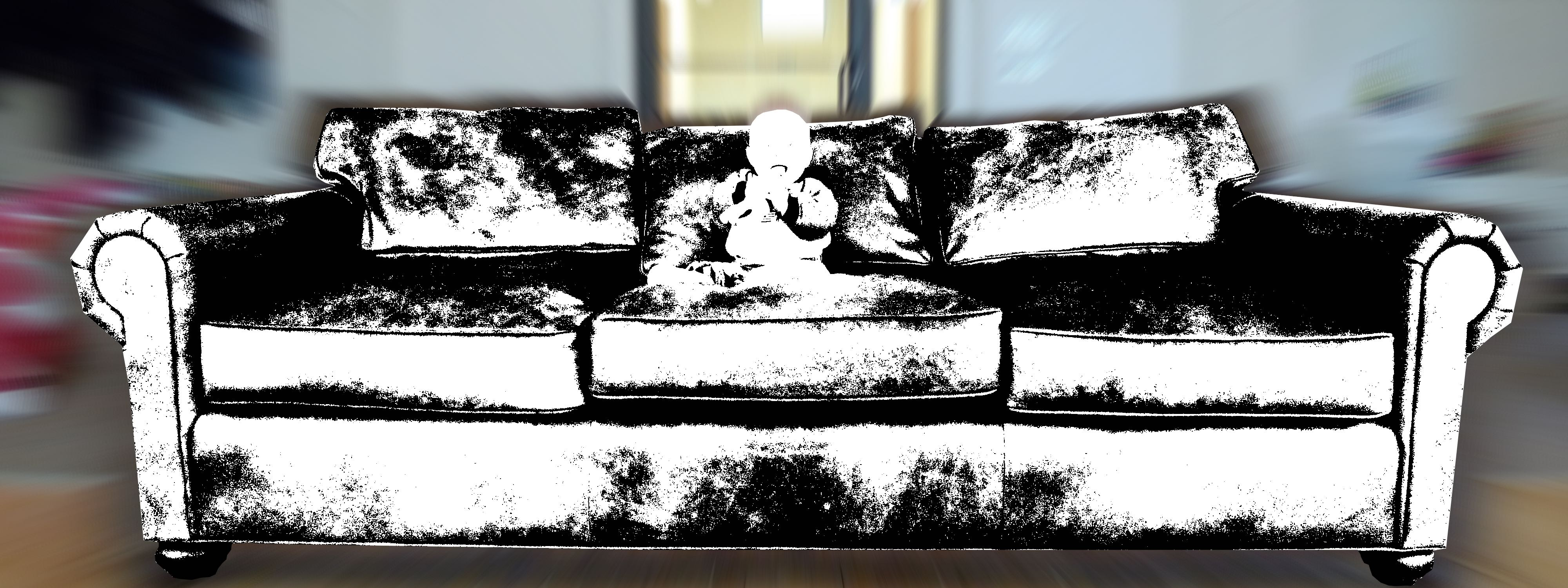 2015-06-23_Big-couch-little-kid_sofa