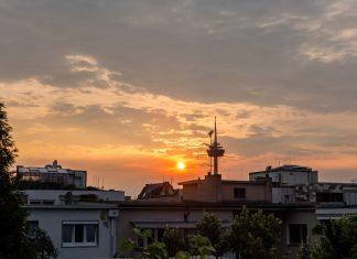 Foto: Colonius im Sonnenuntergang
