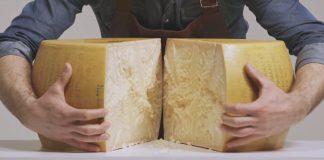 Heute gelernt: Wie man einen Laib Parmesan richtig schneidet