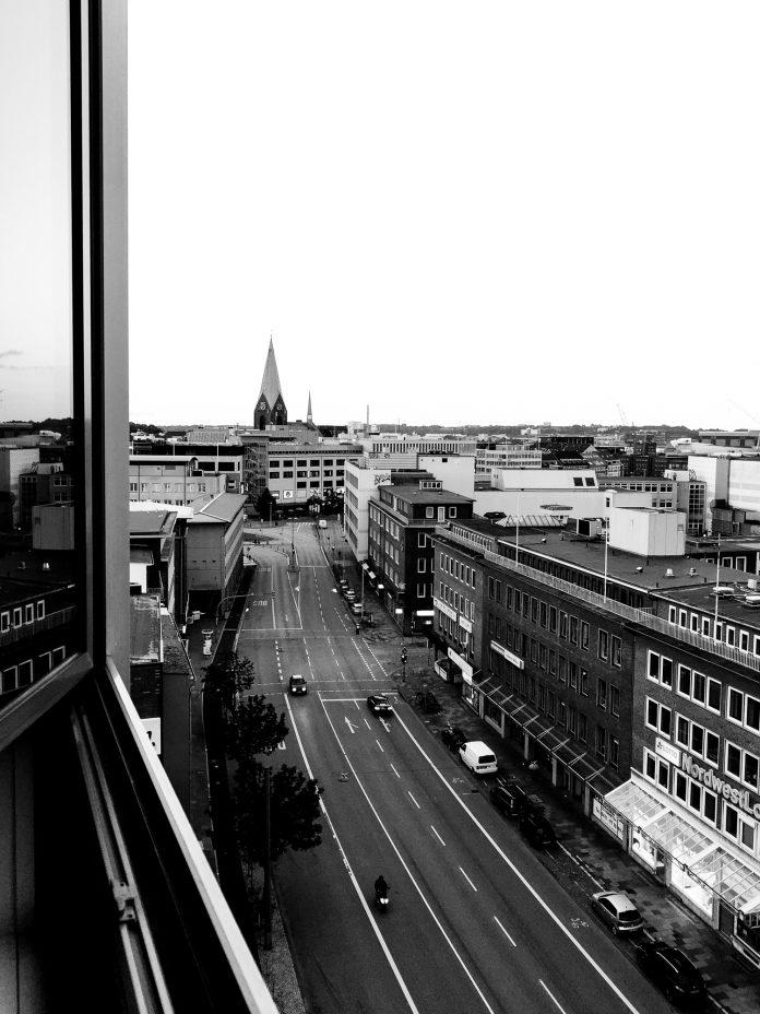 Foto: Blick auf die Andreas-Gayk-Straße in Kiel