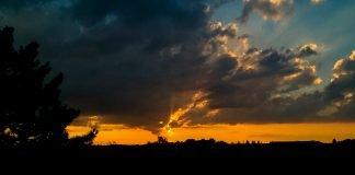 Foto: Bickendorfer Sonnenuntergang
