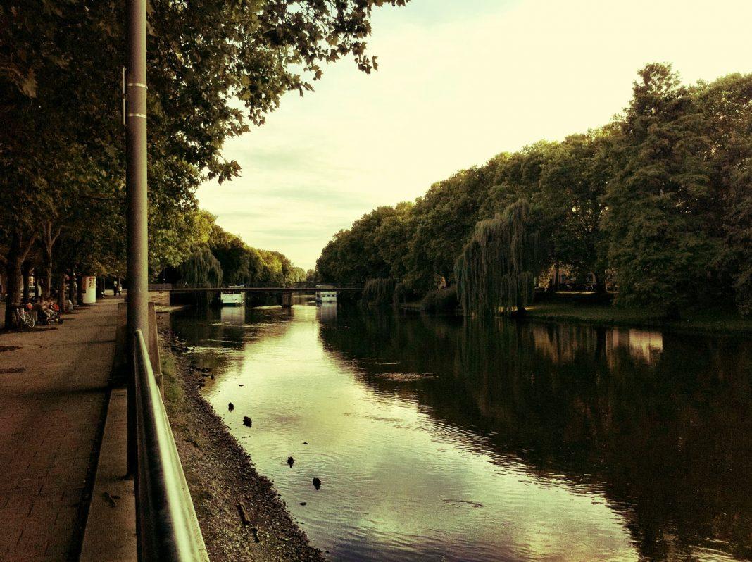 Foto: Am Neckar in Heilbronn