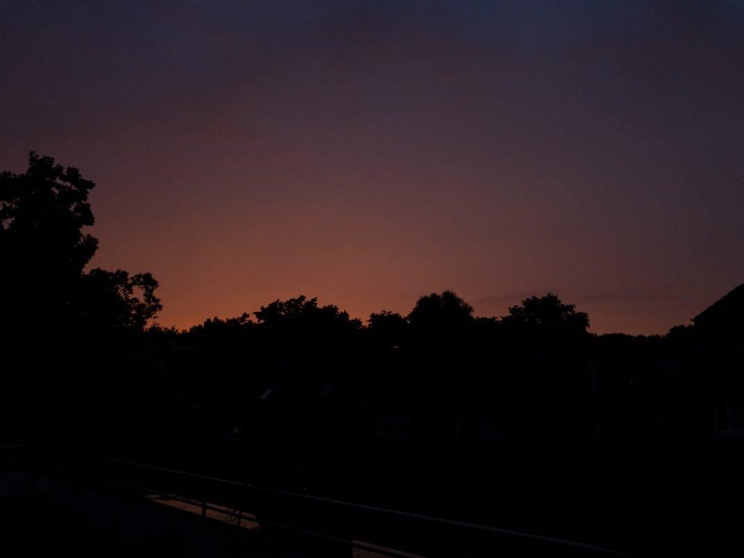 Foto: Sonnenuntergang über der Wahner Heide