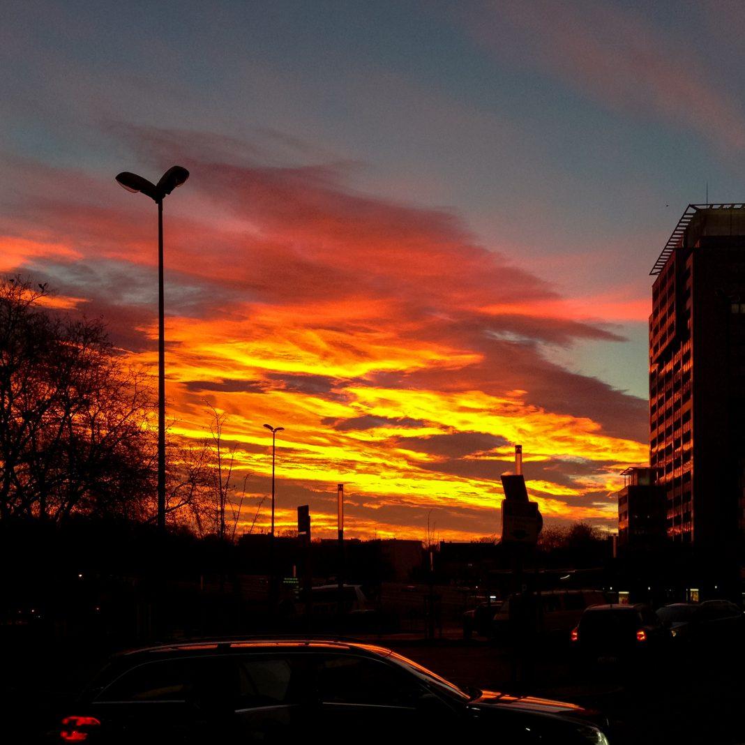 Foto Himmel Sonnenaufgang Essen