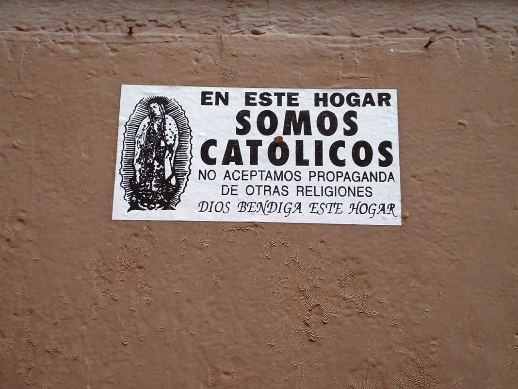 Foto: Sehr katholischer Aufkleber in Querétaro