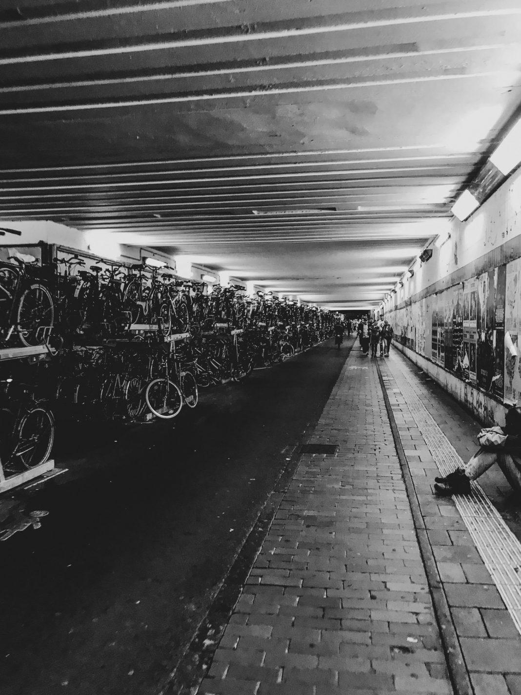 Foto: Fahrräder im Hamburger Tunnel