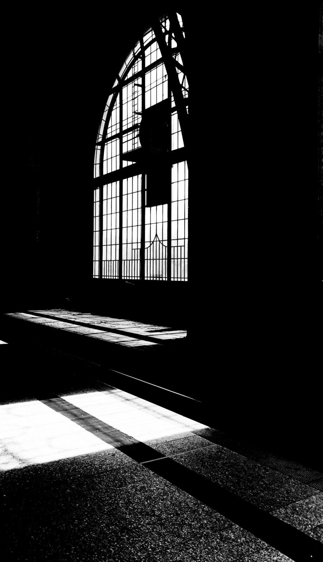 Licht, Schatten und Kontraste in Hamburg Dammtor