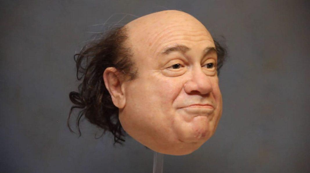 Will ich haben: Diese total geile Danny DeVito-Maske