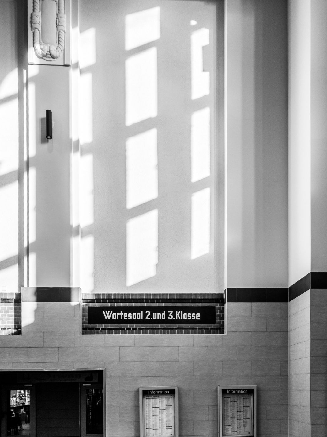 Foto: Wartesaal 2. und 3. Klasse