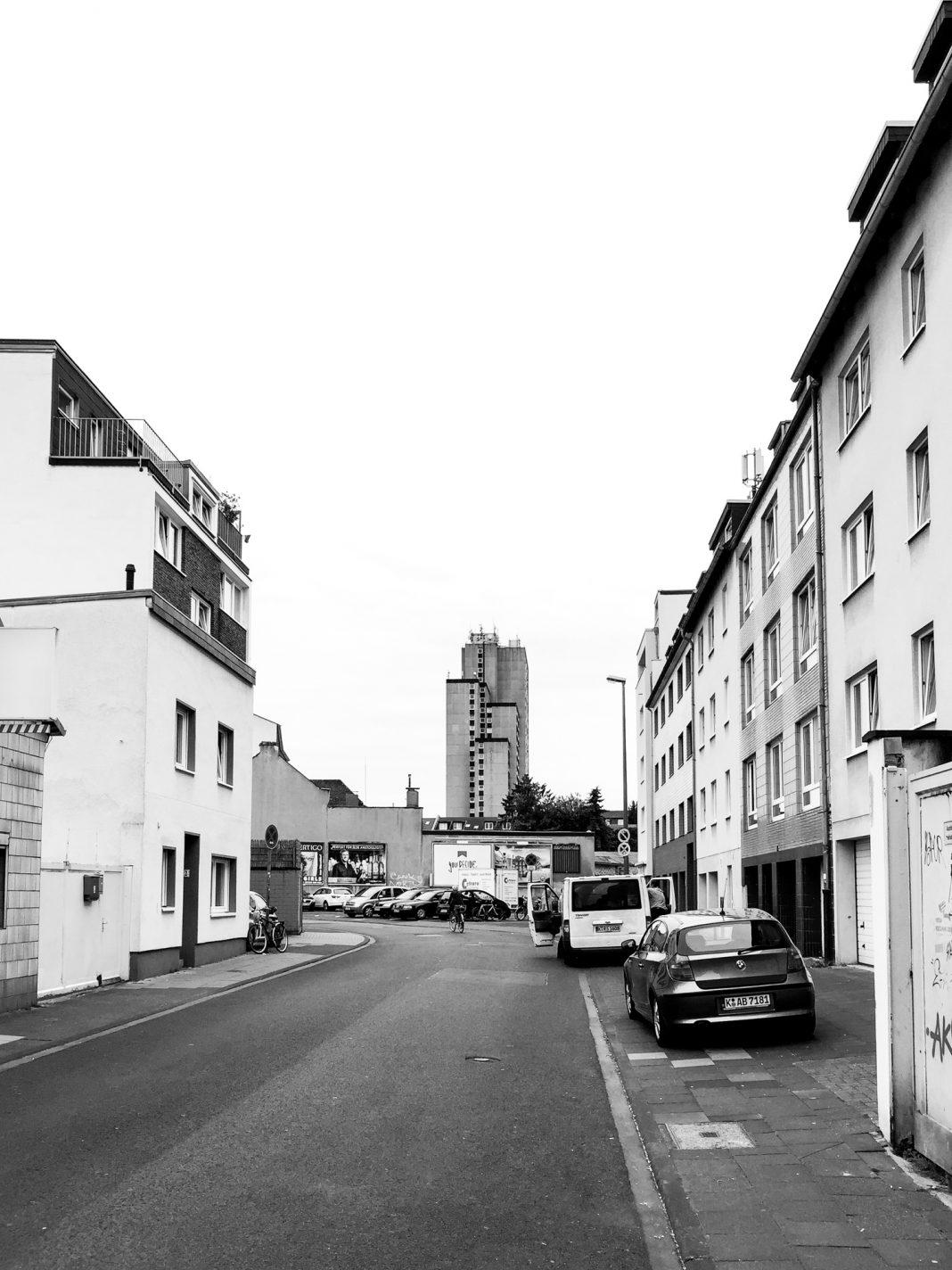 Foto: Das Westcenter von der Rochusstraße aus gesehen